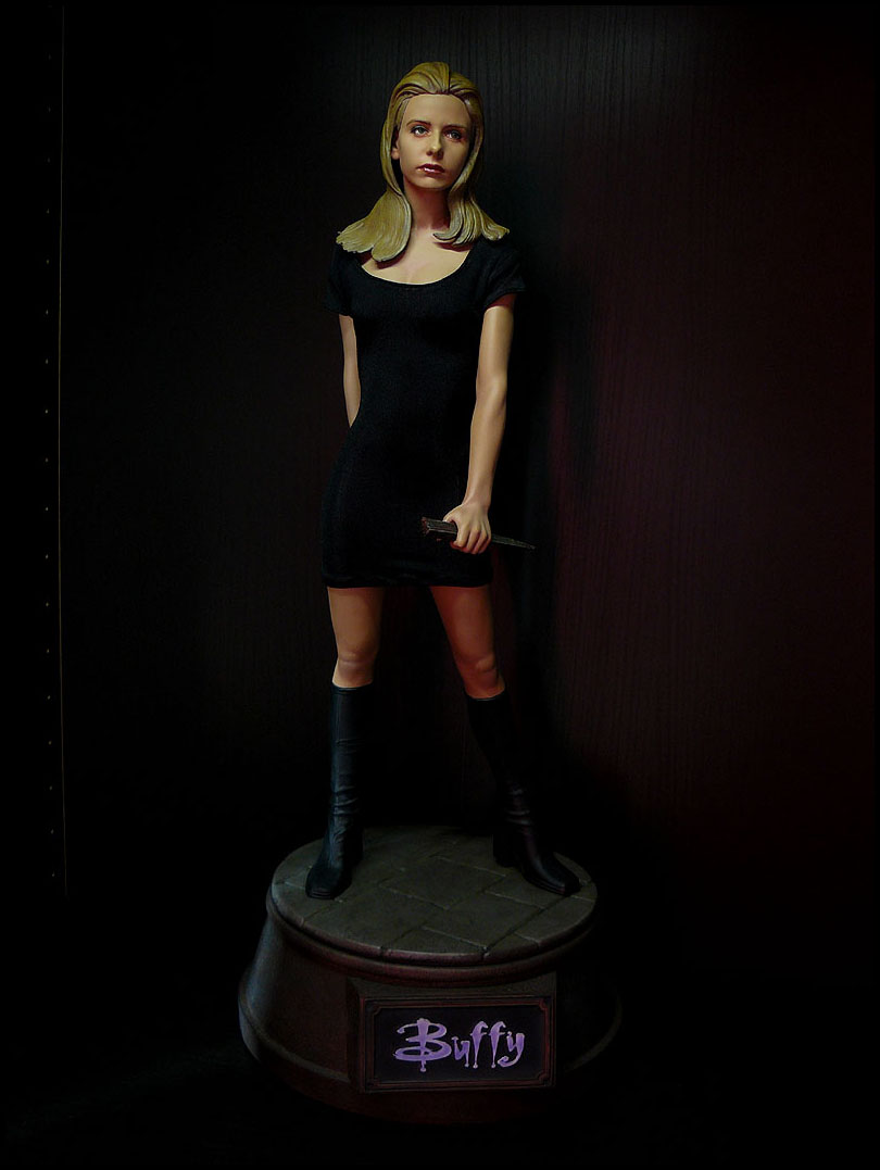 BUFFY: BUFFY SUMMERS Premium format P1020694-e75987
