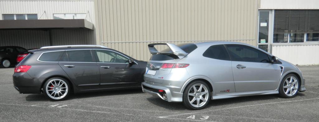 [Image: civic-vs-tourer-002-1acfab7.jpg]